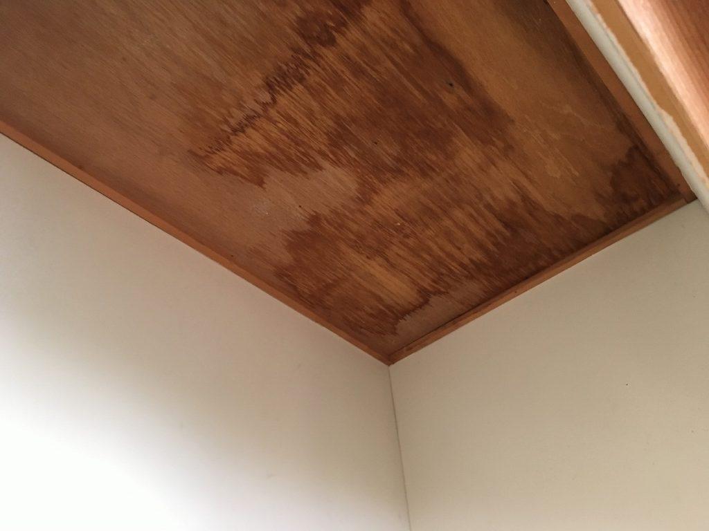 雨漏り,天井,染み