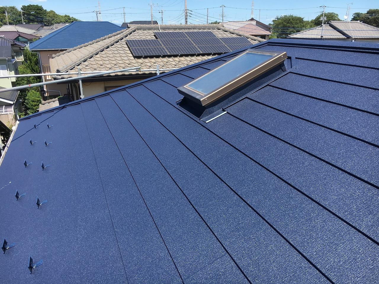 千葉県印旛郡T様邸 屋根カバー工事が完成しました!